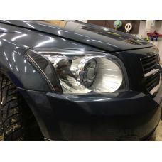 Установка светодиодных би-линз CarProfi Bi-LED LENS PS Active light на автомобиль Dodge Caliber